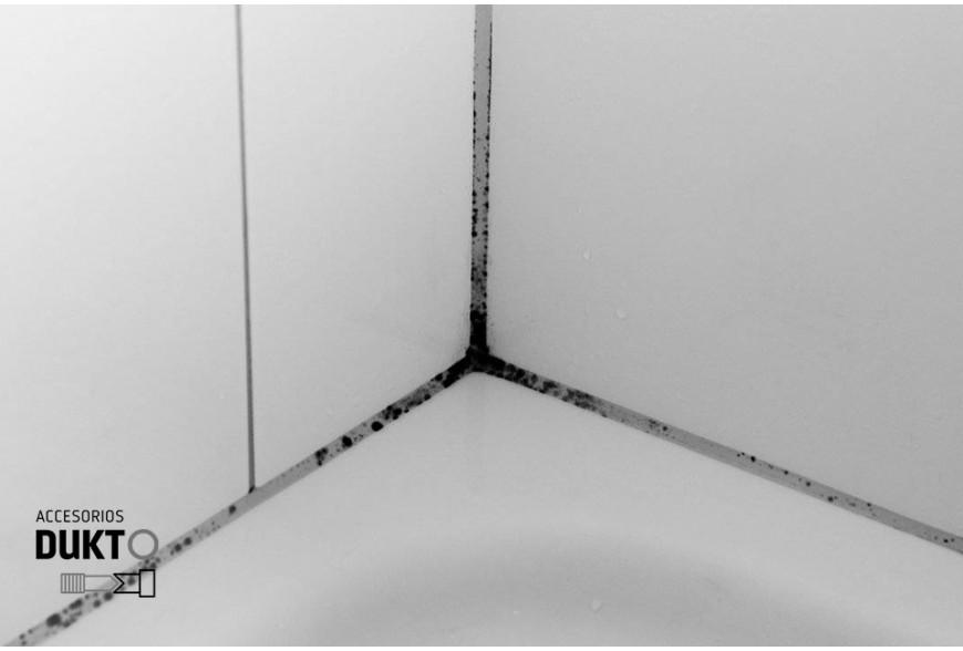 Quitar la silicona negra en cocina y baños